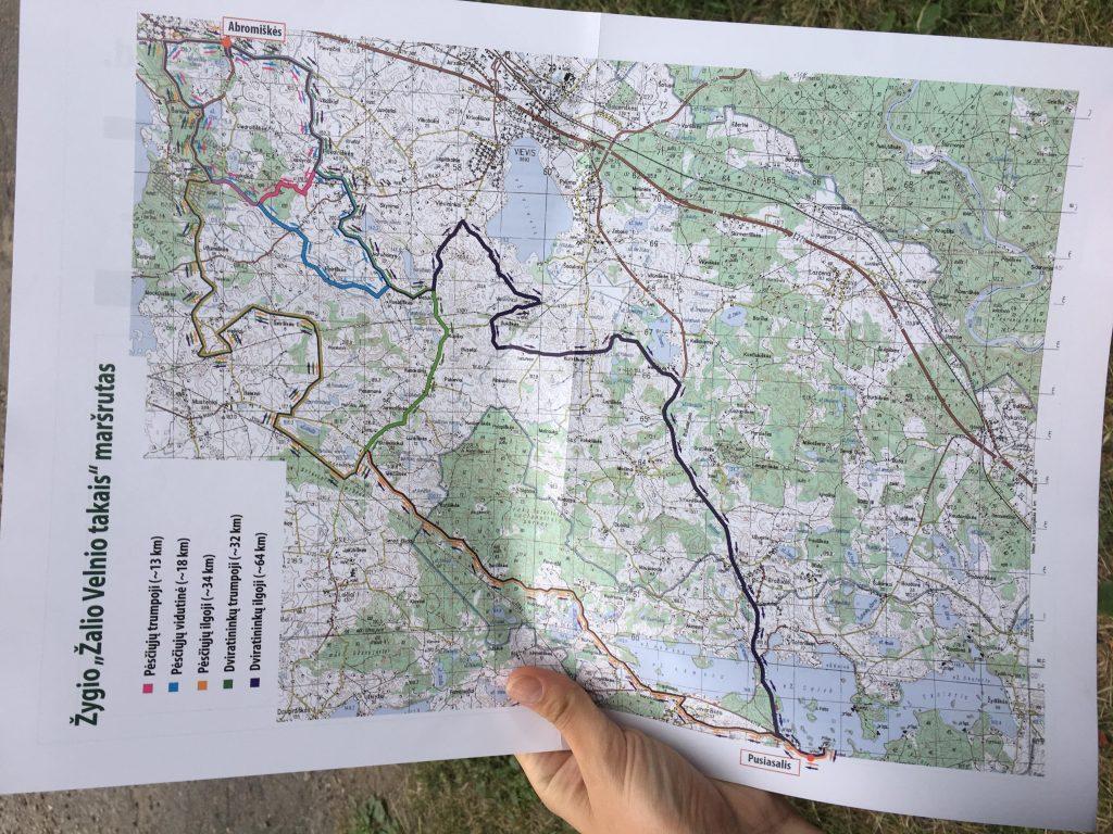 35 km prieš akis!